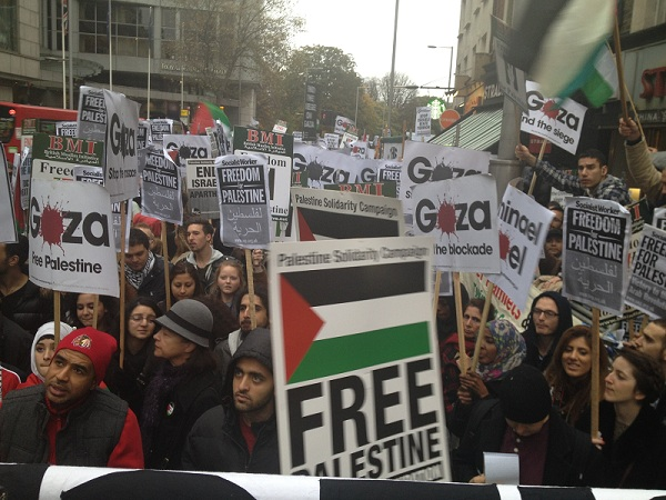 Hundreds-of-protesters-demonstrated-near-the-Israeli-embassy-in-London.jpg